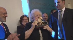 Felisa Uriel galardonada con el I Premio Moisés Calvo en Zaragoza