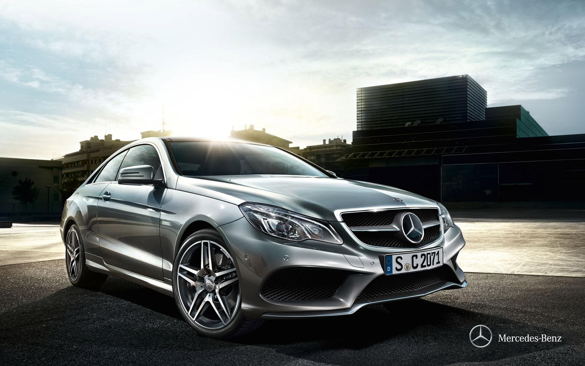 Mercedes-Benz Clase E Coupé – Portada