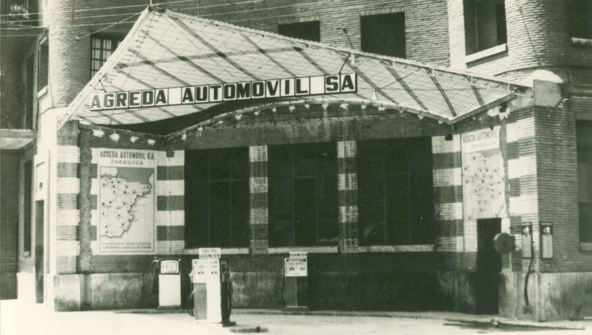 Estación de Servicio - 2 1940 AGREDA AUTOMOVIL